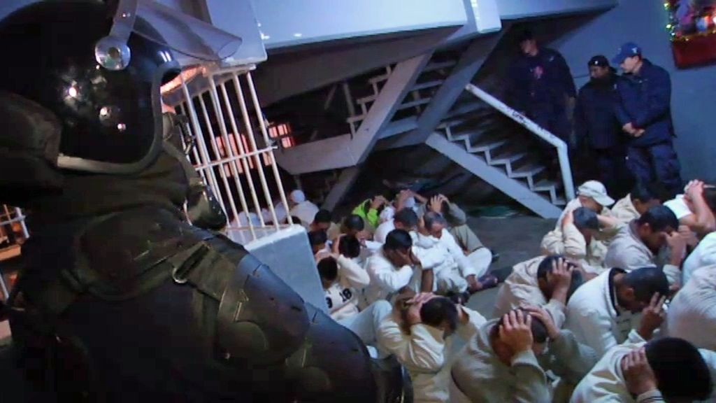 Redada sorpresa en la cárcel del Cereso