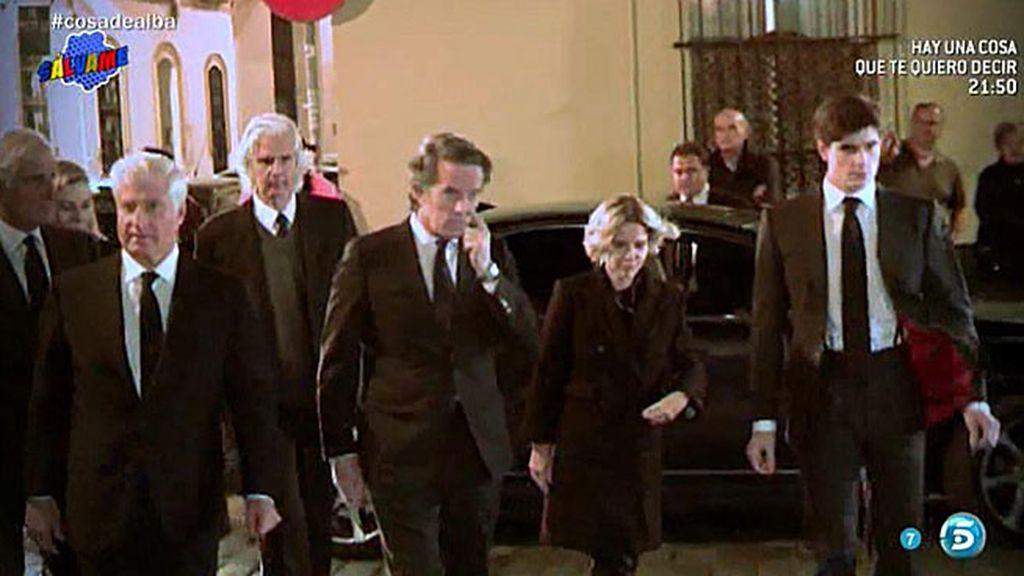 Varios amigos de la Duquesa de Alba no fueron invitados a su funeral