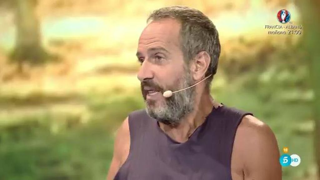 """Víctor defiende a Mila: """"Aquí no es más superviviente el que más pesca"""""""