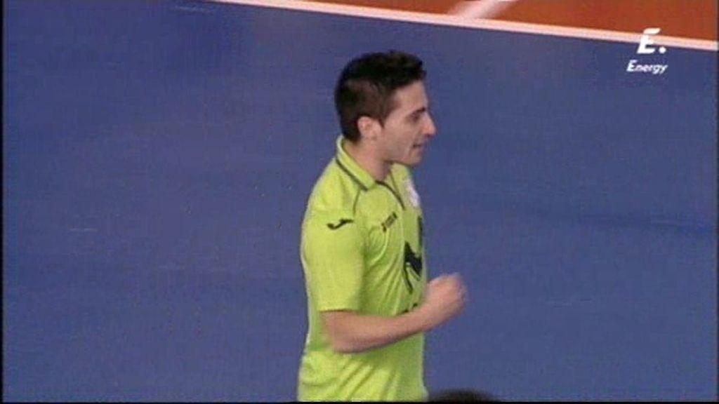 Borja vuelve a empatar el partido con un golazo desde fuera del área (2-2)