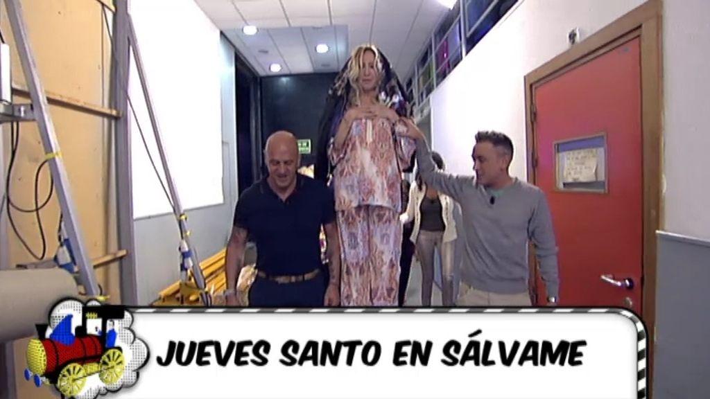 Rosa Benito sale en procesión
