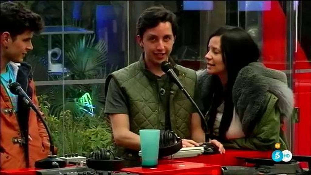 Alejandro y Fran, contra Carlos Lozano