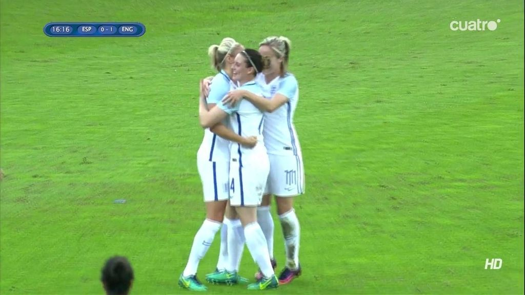 ¡Gol de Inglaterra! La capitana hace el segundo con una falta directa (0-2)
