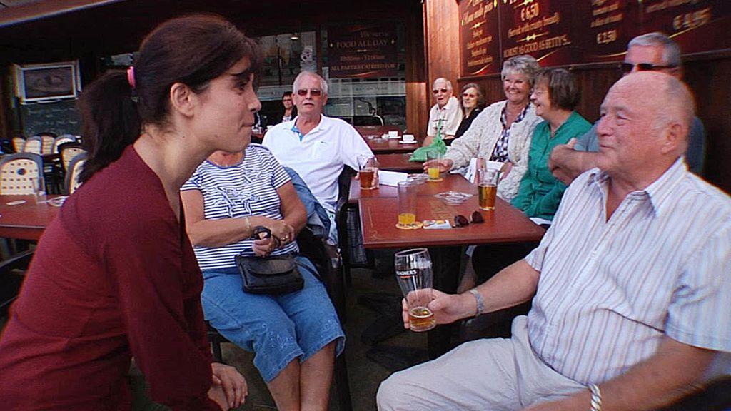 Benidorm = Guiris + cerveza + imserso + fiesta + barato
