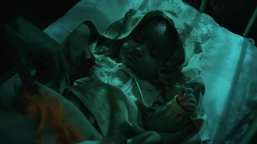 Alguien rapta al bebé de Almudena
