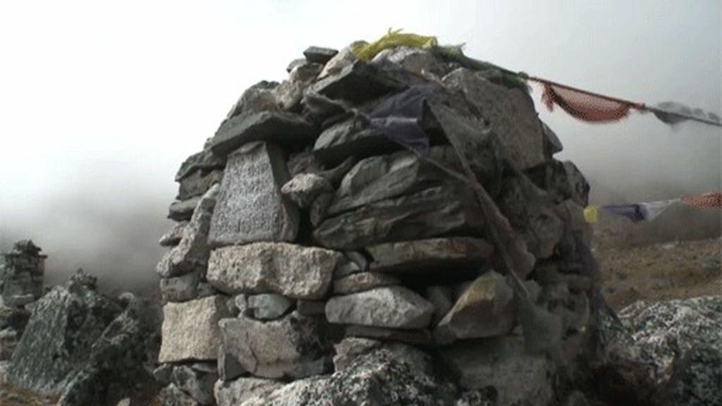 Llegada al Memorial del Everest
