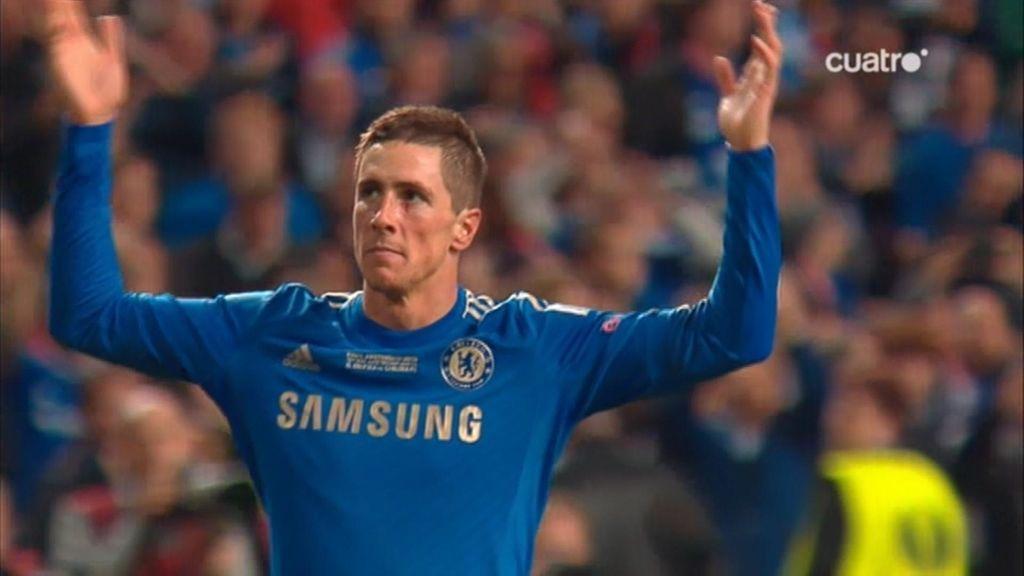 Torres adelanta al Chelsea ante el Benfica