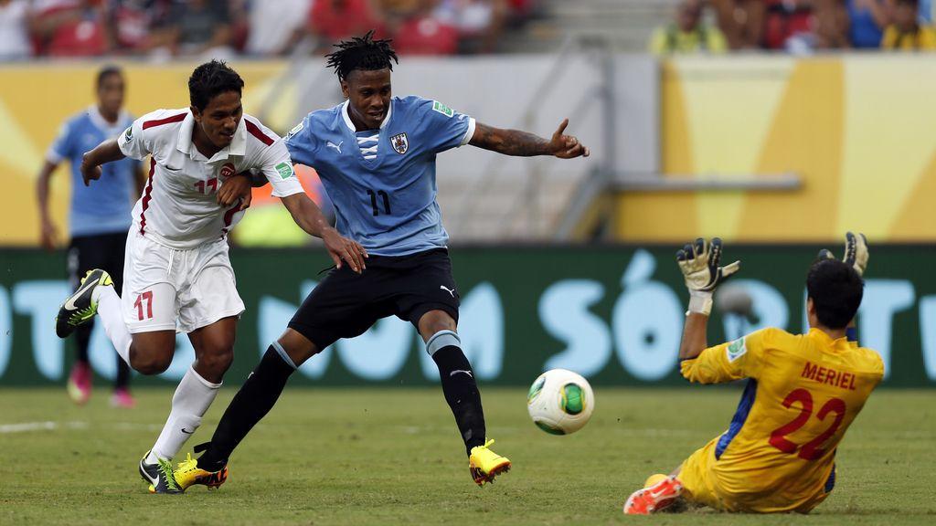 Gol: Uruguay 6-0 Tahití (min.67)