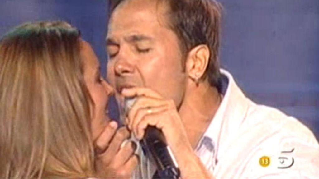 El 'casi beso' de Marta y Coyote