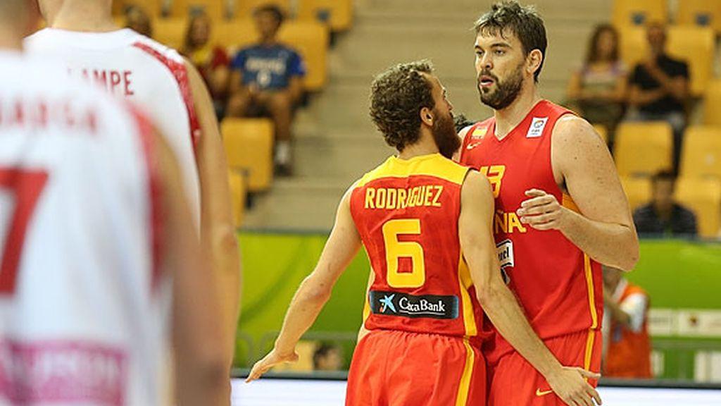 España pasa por encima de Polonia (53-89)