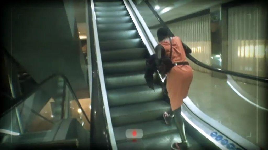 Terror a las escaleras mecánicas