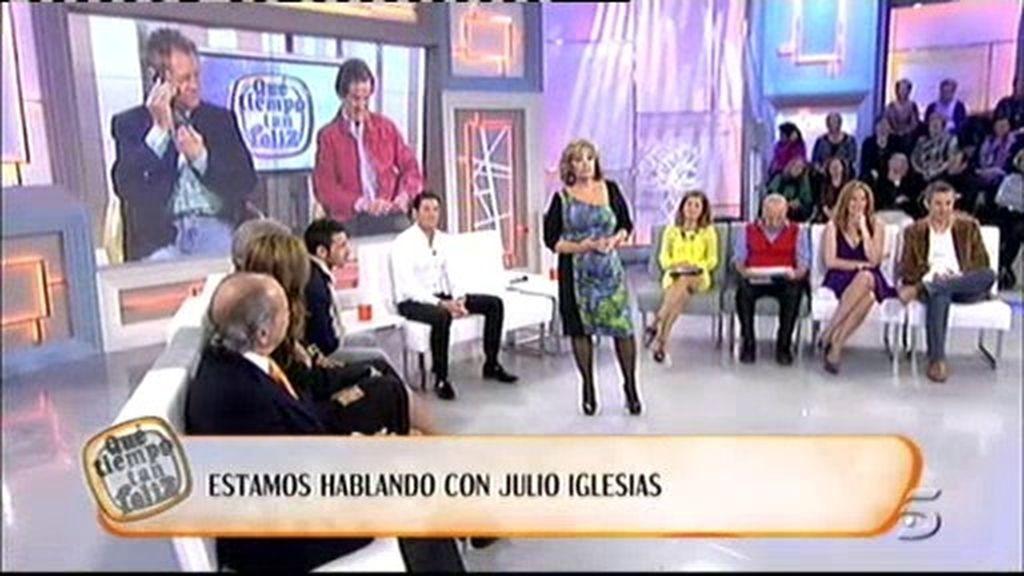 María Teresa habla con Julio Iglesias