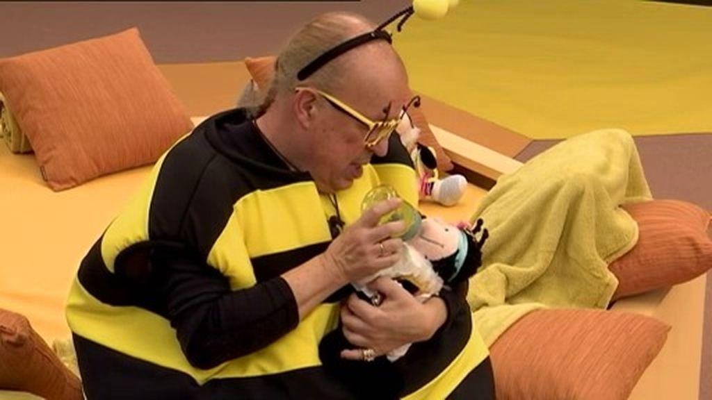 Rappel lo da todo en la prueba semanal: ¡Así se cuida de un bebé abeja!