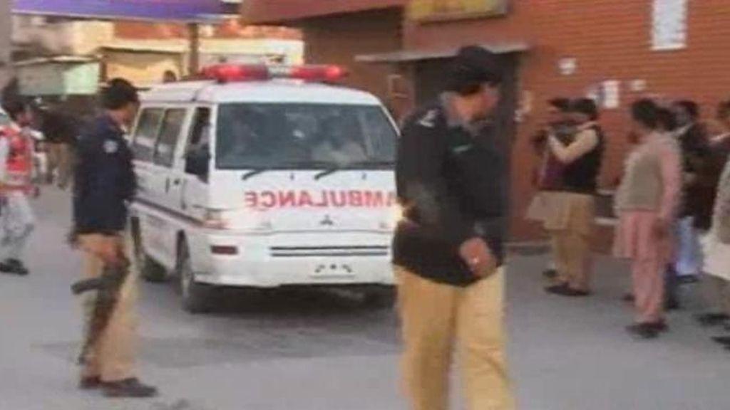 Mueren 6 personas en una explosión en Pakistán
