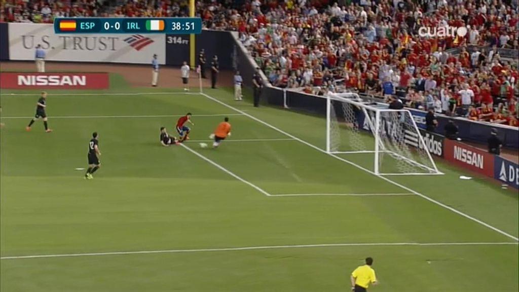 Explosiva conexión Silva-Villa a punto de terminar en gol