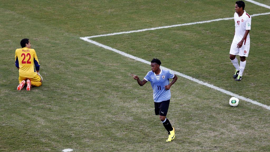Gol: Uruguay 4-0 Tahití (min.46)