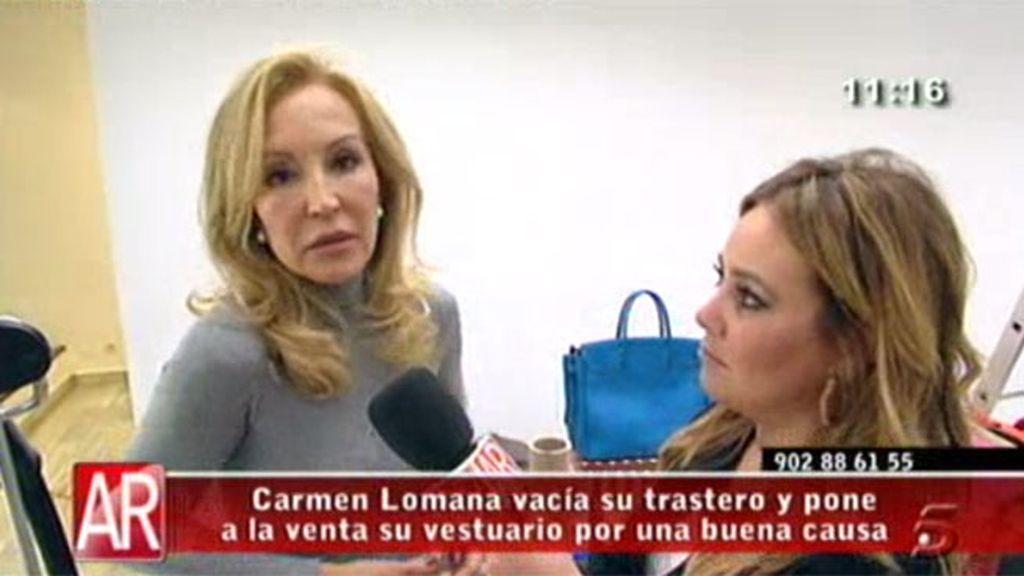 Carmen Lomana vende su ropa en un mercadillo