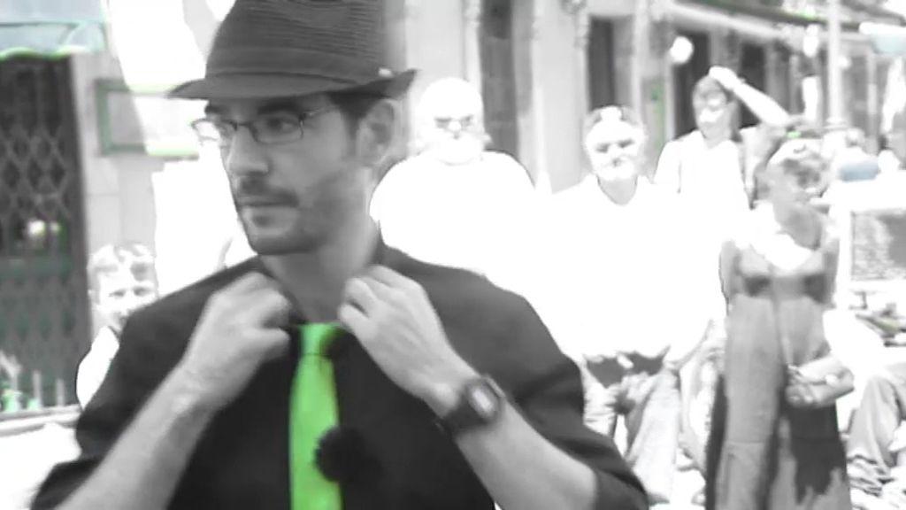 El maletín sorpresa y la regla de la corbata verde