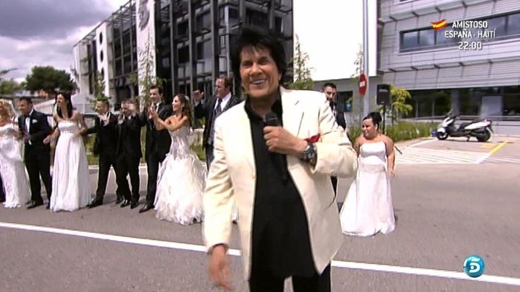 Georgie Dann ameniza la boda de Mª Carmen y Nando