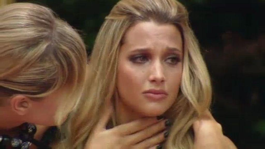 Los nervios traicionan a Corina y rompe a llorar