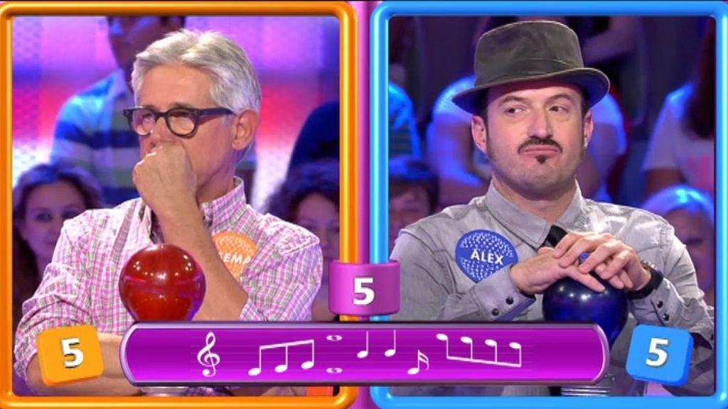 Josema y Alex no aivina la canción ni aunque se escuche al cantante