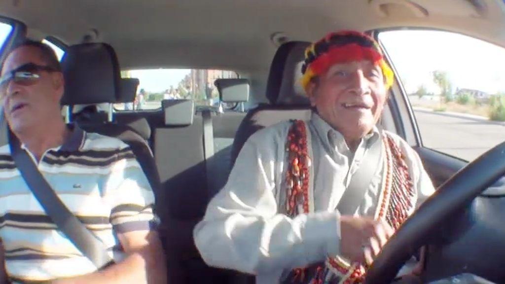 Yambía cumple su sueño y aprende a conducir