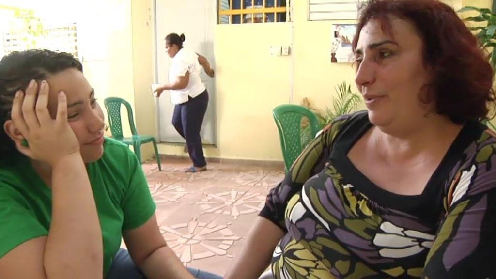 Elisabeth se reencuentra con su madre tras su encarcelamiento