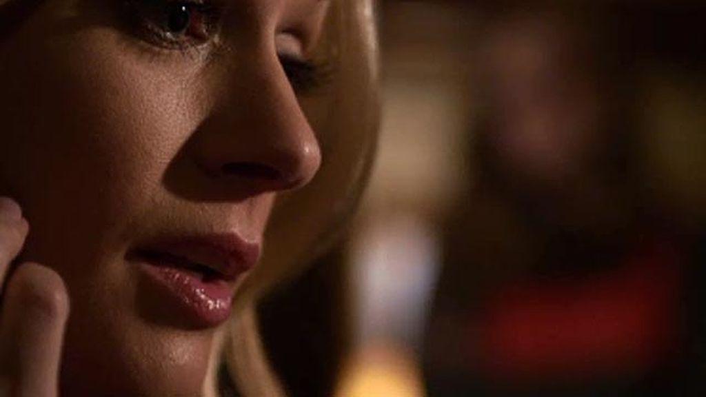 J.J sospecha que la hija de Bruce tiene algo que ver con el asesinato de su hermana