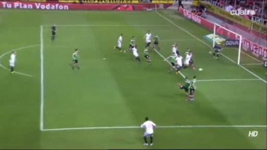 Doble oportunidad para el Sevilla