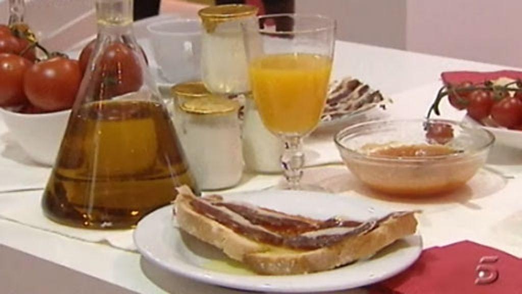 El desayuno, español