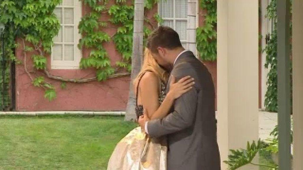 Corina y Pascual sellan su amor con un baile