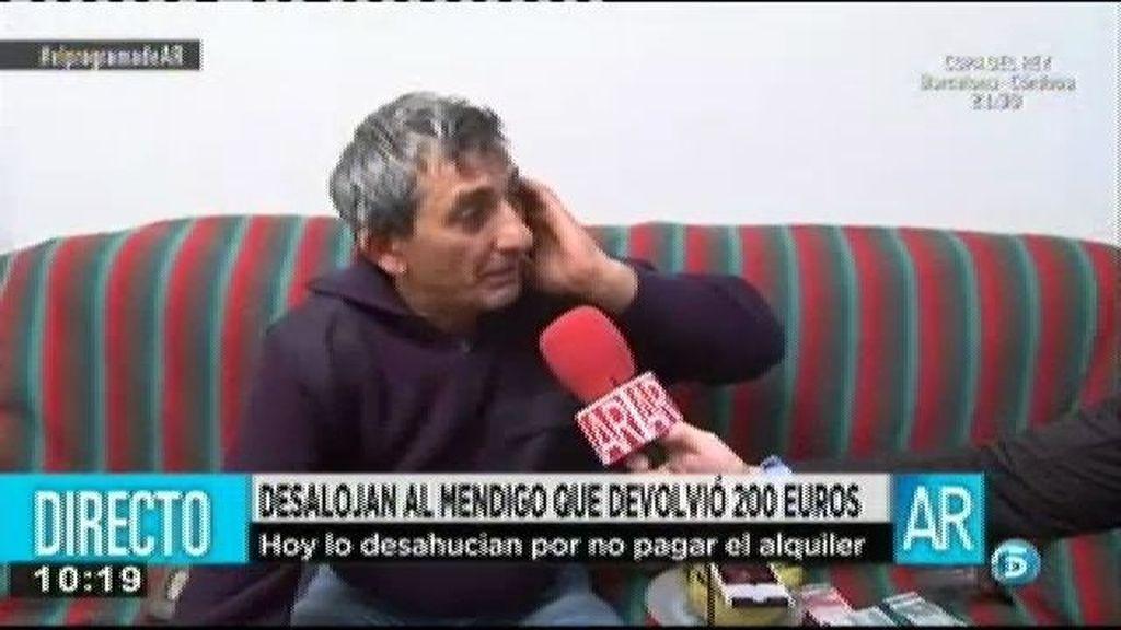 El mendigo que devolvió la cartera con 200 euros será desalojado