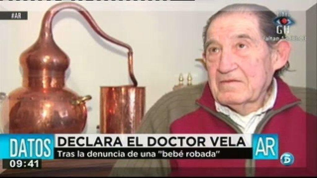 El Doctor Vela se sienta en el banquillo en calidad de imputados