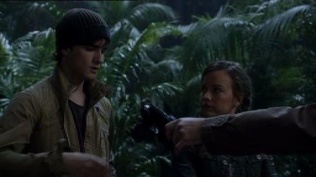 Josh hace un trato con Mira