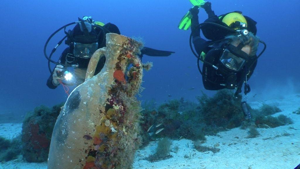 Calleja descubre un barco romano hundido hace 2.000 años en Mallorca