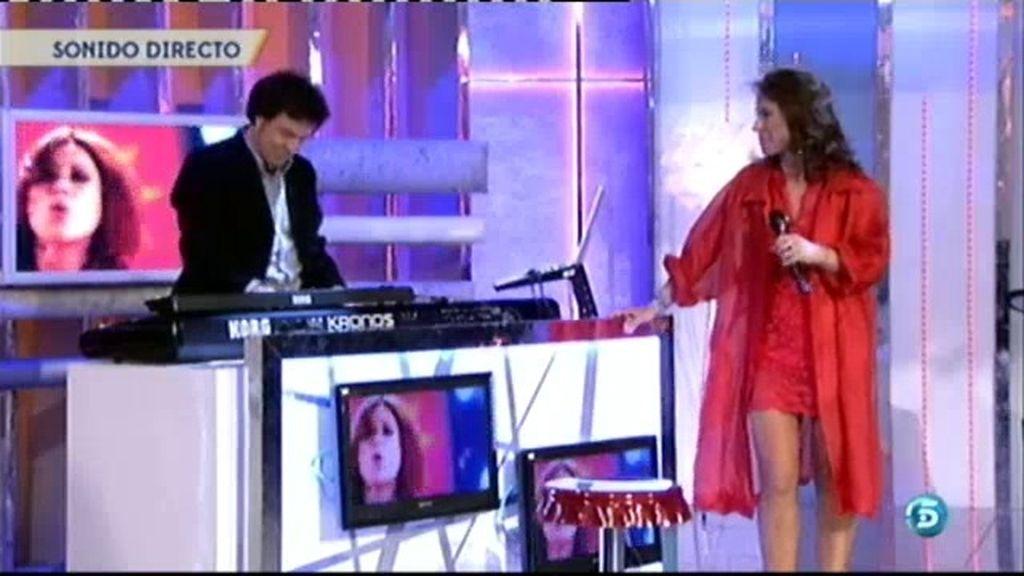 Vicky vuelve a ser vocalista de 'Olé Olé'