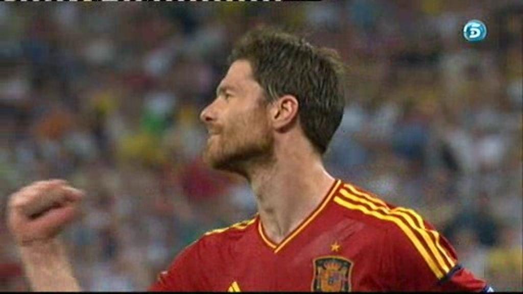Los dos goles de Xabi Alonso contra Francia