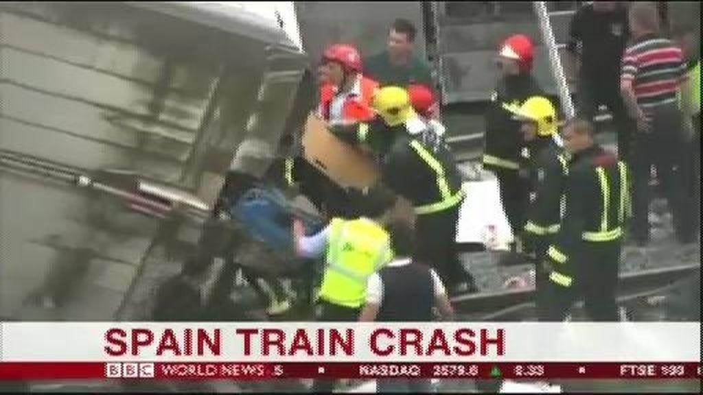 Los principales medios se hacen eco de la tragedia ferroviaria en Galicia