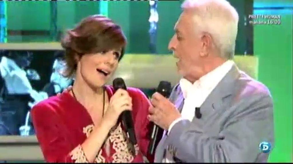 Juan Pado canta con su hija Lys