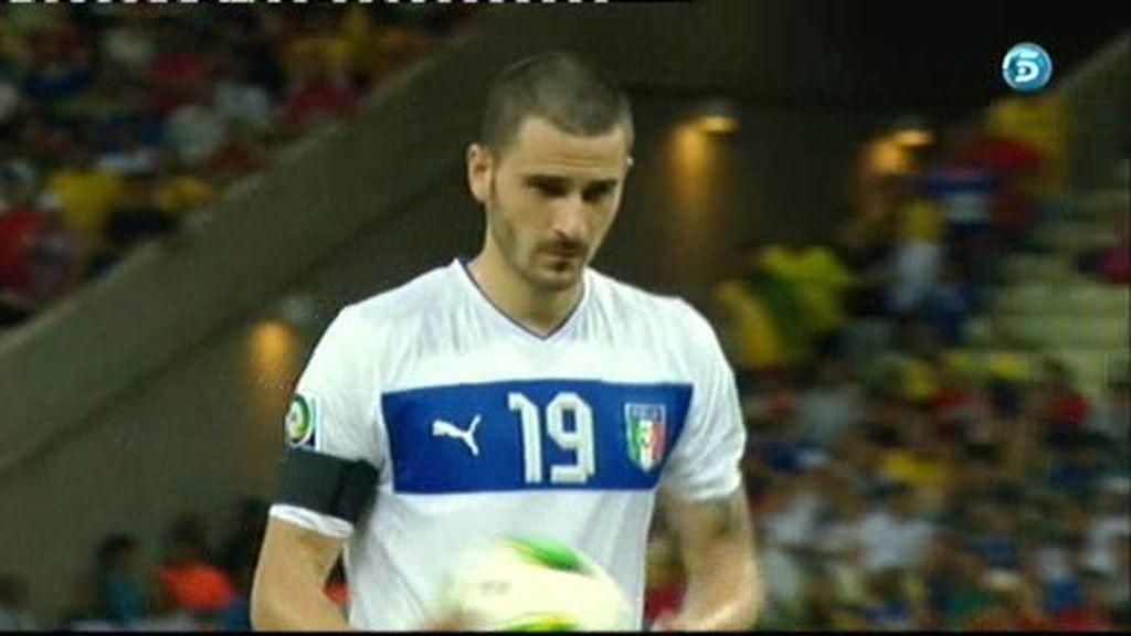 España 6-6 Italia (Bonucci falla su penalti)