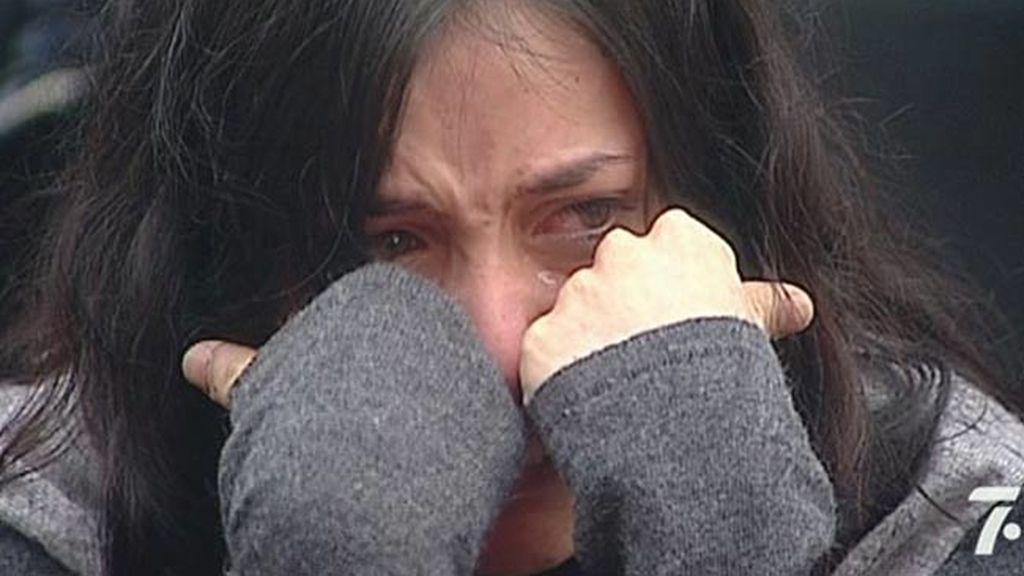 Roxio llora desconsoladamente
