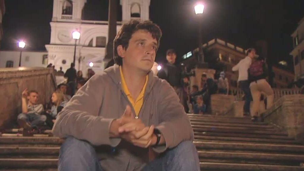 Corina 'planta' a Guille en la Plaza de España