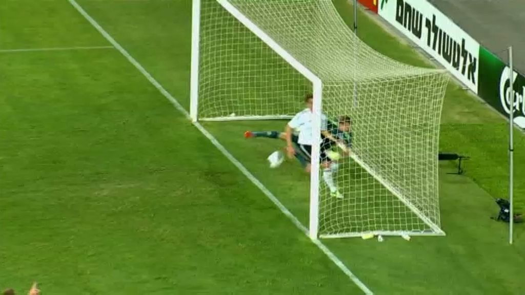 Gol: Holanda 2-0 Alemania (min. 38)