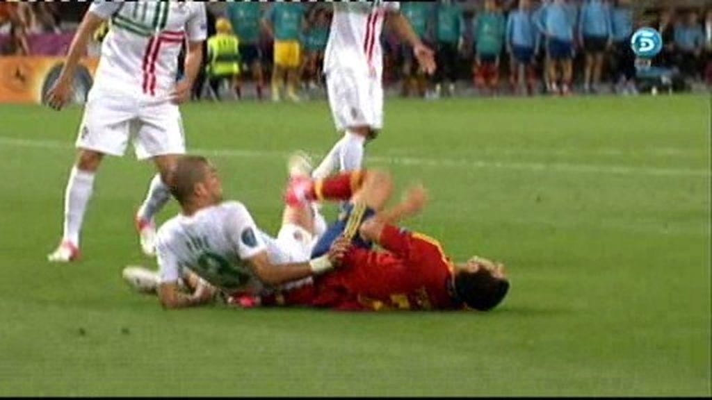 Pepe, directo al cuello de Pedro