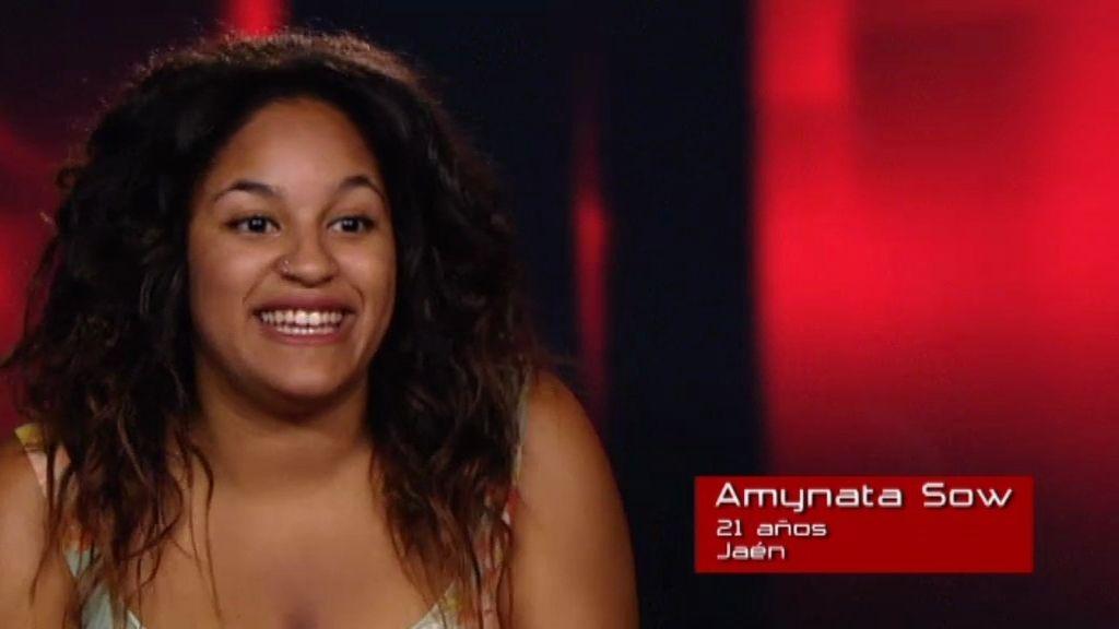 """Amynata Sow: """"Cuando la gente me escucha cantar, se pone a llorar"""""""
