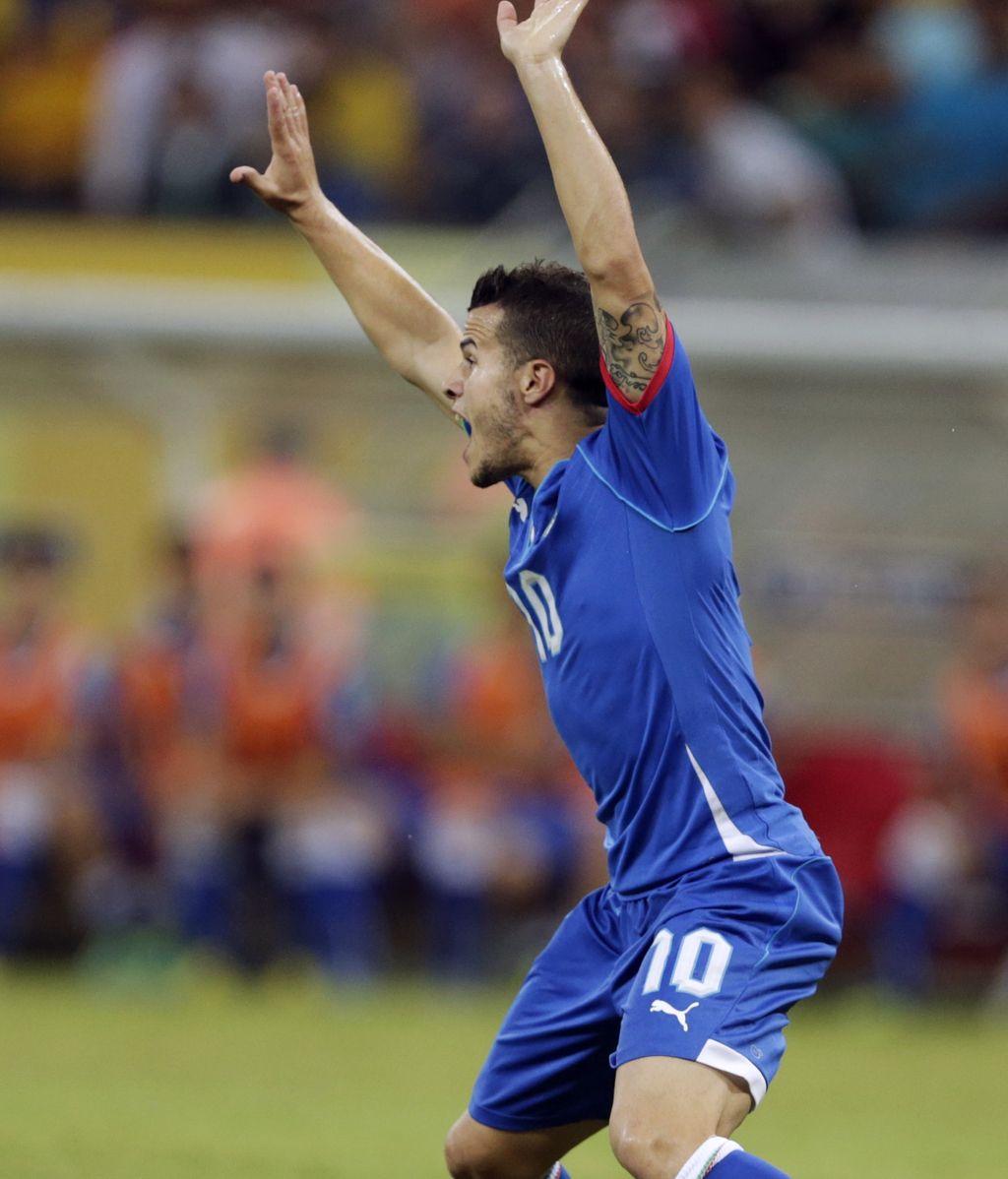 Gol: Italia 4-3 Japón (min.86)
