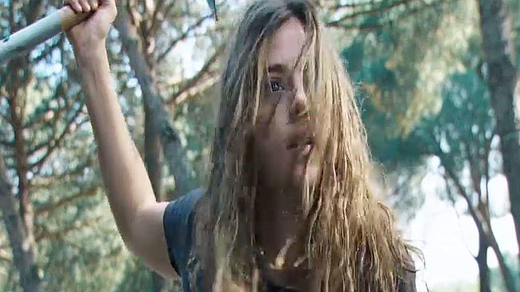 Valeria salva a Lucía