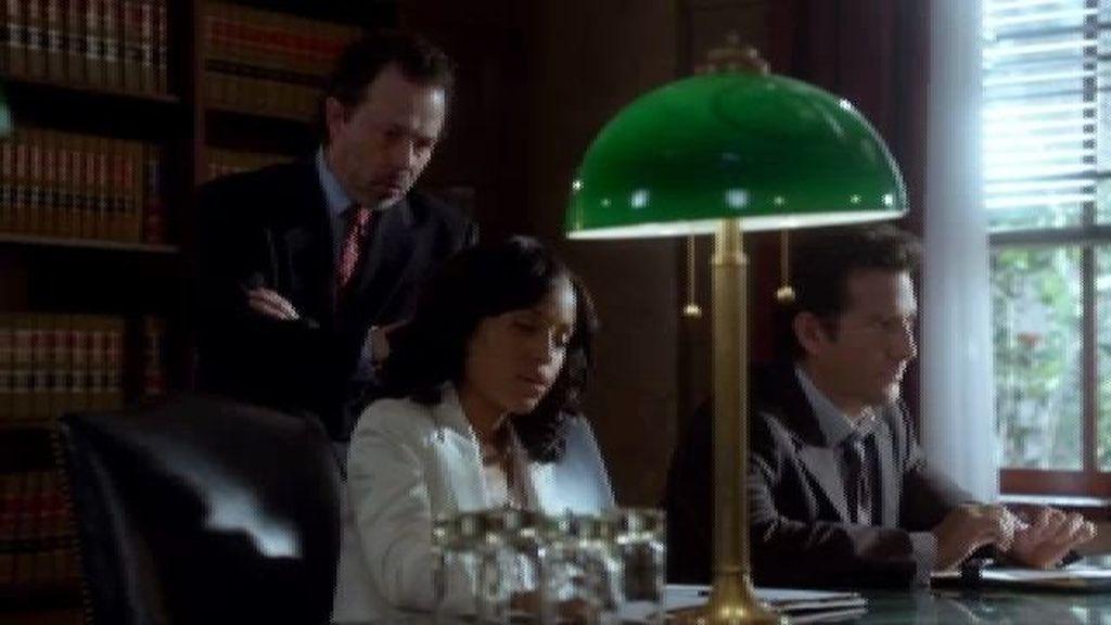Helen no acepta el pacto que le ofrecen los abogados de Travis