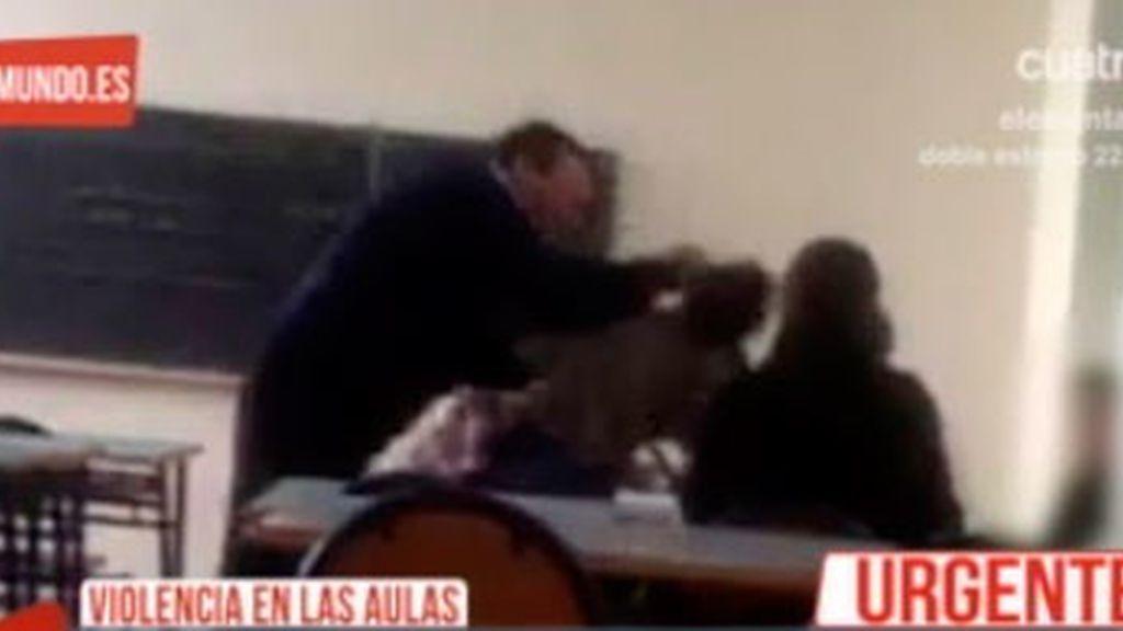 Un profesor propina una brutal paliza a un alumno en un colegio de Melilla