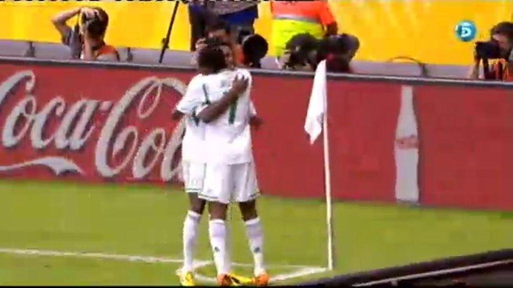 Gol: Tahití 0-2 Nigeria (min.10)
